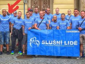 V Brně umlátili mladíka kladivem. Policisté viní boxera a stoupence Slušných lidí