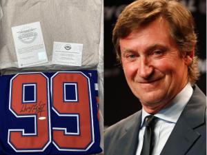 Draží se dres hokejisty Gretzkyho, výtěžek věnuje obcím zasaženým tornádem
