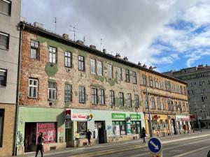 Brno prodá bytové domy v elektronické dražbě