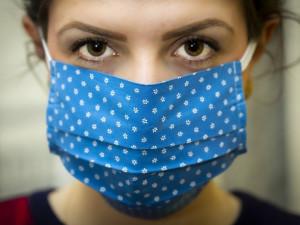 Ministerstvo zdravotnictví diskriminuje lidi s protilátkami, potvrdil Nejvyšší správní soud