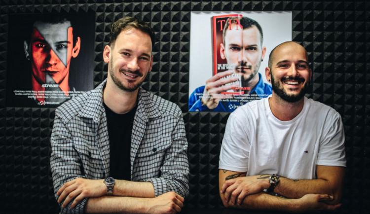 Projekt VIZE: Od laciných nachytávek po akční reportáže z noční Prahy a úspěšný podcast