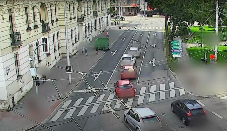 Opilec v Brně nezvládl jízdu na své vytuněné koloběžce