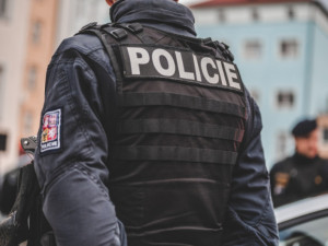 Policisté obvinili útočníka z Tišnova z pokusu o vraždu, hrozí mu výjimečný trest