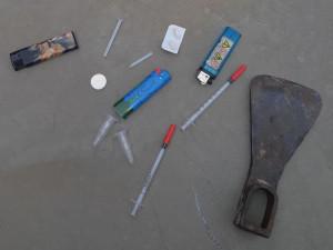 Narkoman v Brně ukradl sunar a skákal po střechách domů