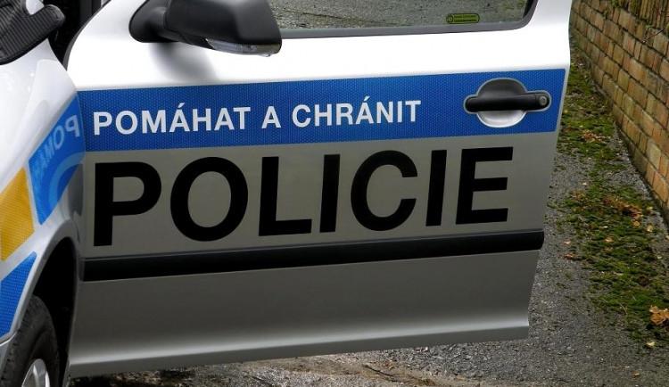 Policisté překvapili lapku v brněnské firmě přímo při činu