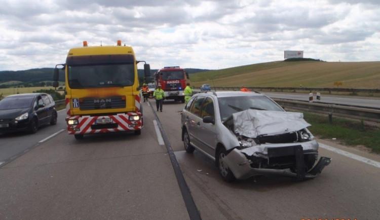 Hasiči zasahovali na D1 u vážné nehody