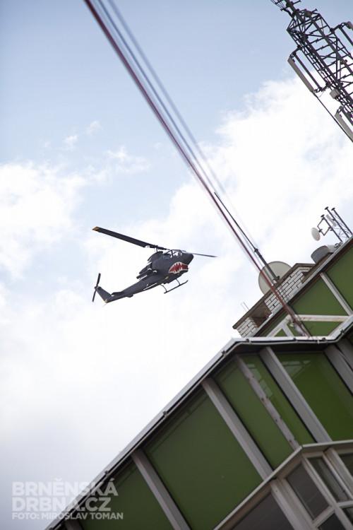 Předváděcí let vrtulníku Cobra, foto: Brněnská Drbna, Miroslav Toman