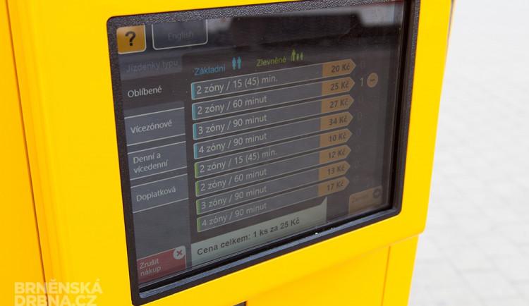 Jeden z trojice prvních bezhotovnostích jízdenkových automatů v Brně, foto: Brněnská Drbna, Miroslav Toman