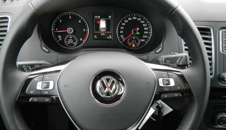 Volkswagen Sharan testovaný v brněnském Das Welt Auto