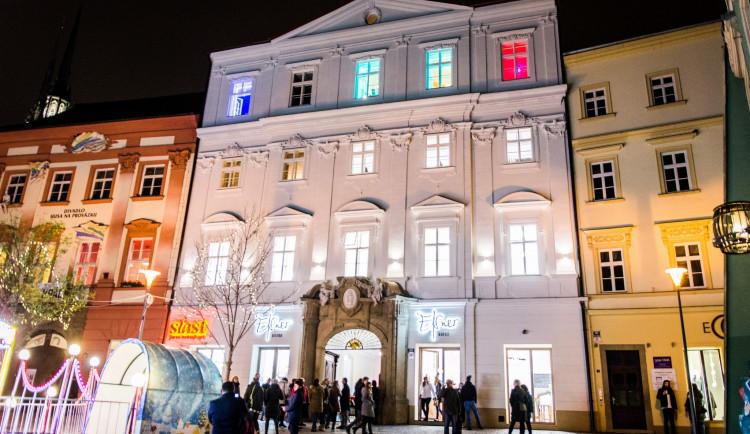 Anybody, Elsner, Slast. Nově otevřený palác na Zelňáku je chrámem rozmanitosti, autor Tomáš Hrivňák