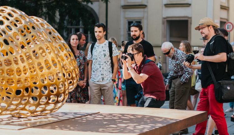FOTO: Kapsule nově zdobí Galerii Šilingrák
