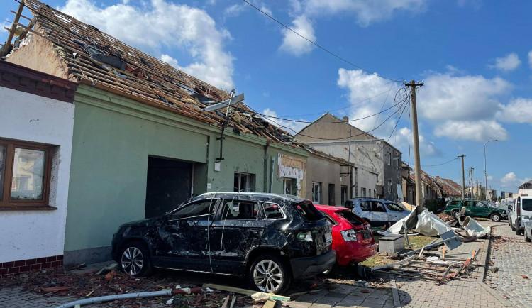 Apokalypsa. Jižní Morava zažila tornádo, některé obce jsou zničené